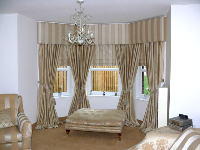 Upholstered Pelmet Made To Measure Curtains For Sale
